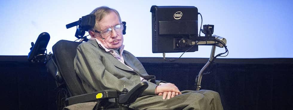 Astrofysikern Stephen Hawking ger mänskligheten 1000 år att hitta en ny planet att bo på. Foto: GEOFF PUGH/REX
