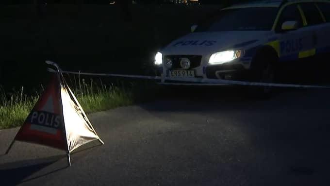 På måndagen var släktingen ute promenerade med sin hund i området. När han gick förbi makarnas hus strax efter klockan 18 på kvällen hörde han skrik från gården. Foto: Gustav Sveidqvist
