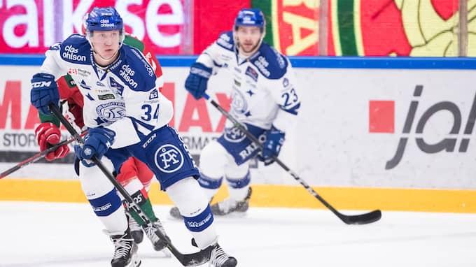 Olle Alsing är på väg in. Foto: DANIEL ERIKSSON / BILDBYRÅN