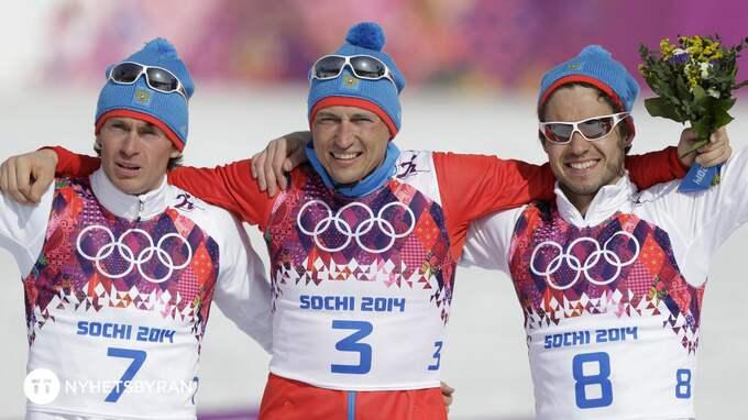 Alexander Legkov, Maxim Vylegzhanin och Ilia Chernousov tog en trippel på femmilen i Sotji-OS. Foto: MATTHIAS SCHRADER / AP TT NYHETSBYRÅN