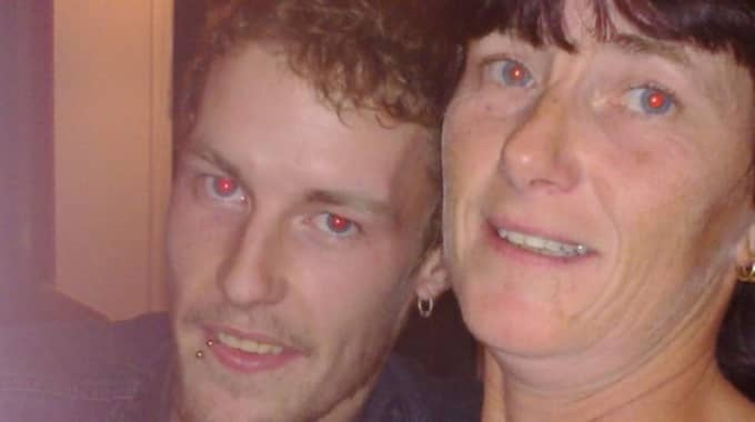 Annelie Sundlöf med hennes son Ronny Johansson. Foto: Privat