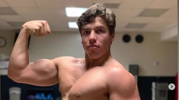 Arnold Schwarzeneggers son– visar likheten på Instagram