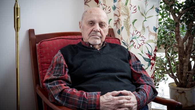 Holocaust survivor Max Safir, 92, is upset that anti-semitic directories of Swedish jews are so easily accessible on Google. Foto: JACKELINE PEREZ