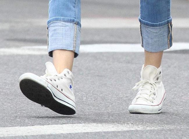 19758863055 <span>Vill du att dina Converse ska bli rena och vita igen? testa