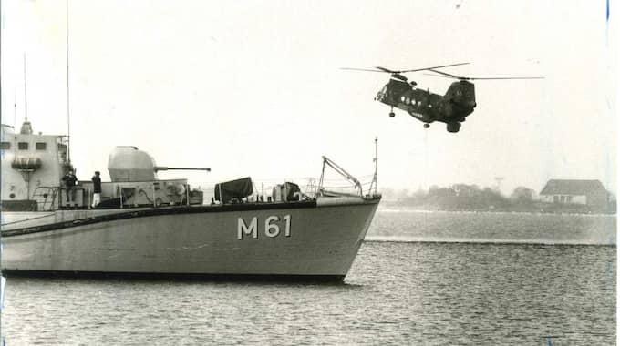 Marinens helikopter genomsöker området kring Bollösund i Karlskronas skärgård i mars 1984. Foto: Tommy Svensson