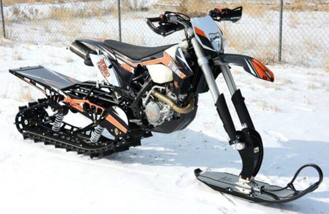 Ombyggda crossmotorcyklar blir allt vanligare i fjällvärden. Nu efterlyser Snöfo hårdare tag mot fordonen – som inte får köras i terrängen.