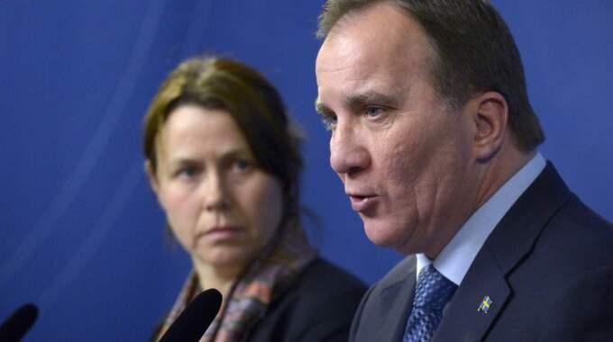 Åsa Romson och Stefan Löfven vid tisdagens pressträff. Foto: Janerik Henriksson/TT