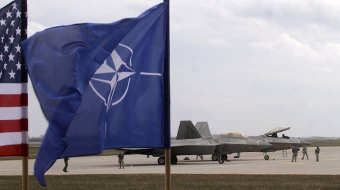 För första gången är fler svenskar för ett Natomedlemskap än emot, visar den senaste SOM-undersökningen. Foto: Valda Kalnina / Epa / Tt / EPA TT NYHETSBYRÅN