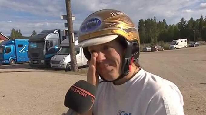 Hanna Edwinsson hade svårt att hålla igen tårarna Foto: TV12