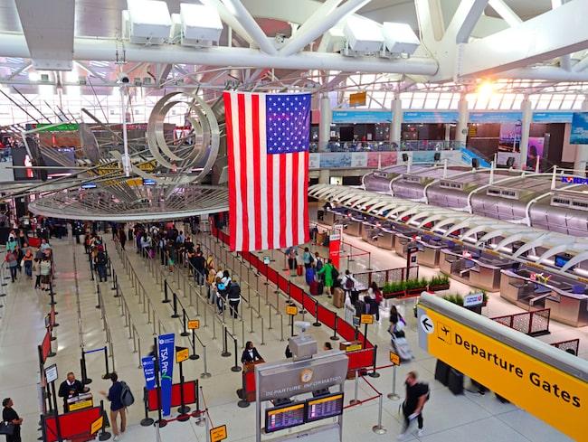 På JFK-flygplatsen utanför New York saknas cirka 170 vakter dagligen.