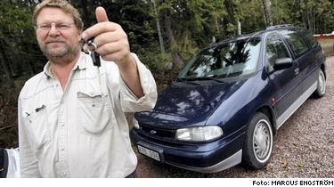 Lasse Törnqvist , Gnesta , tappade nycklarna till sin Ford Windstar -96 , och fick en ny bil av Ford.