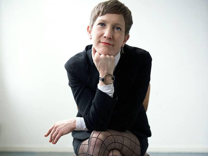 """Jenny Högström är aktuell med diktsamlingen """"En liten bok om kött och chark""""."""