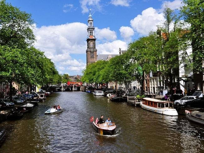 Så här är vi vana vid att se kanalen Prinsengracht.