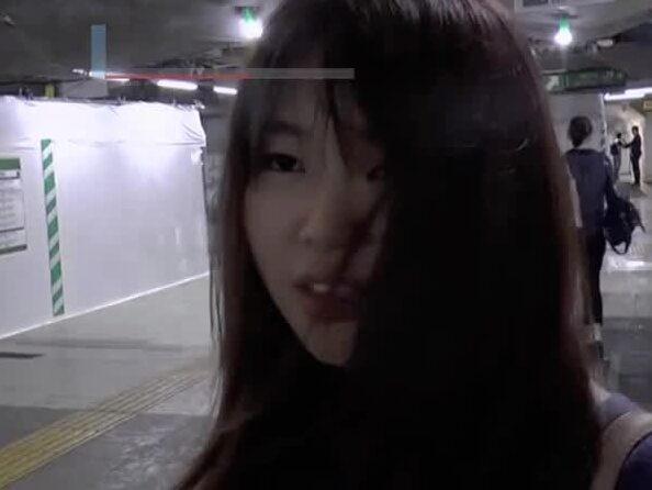 """Tyfonen Hagibis lamslår Tokyo: """"Kan inte åka hem"""""""