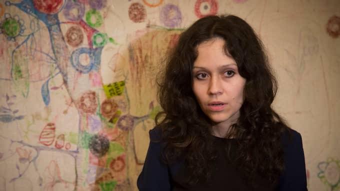 Ljudmila Savtjuk, som arbetat undercover på en trollfabrik i S:t Petersberg, varnar nu för att fabriken kan rikta blickarna mot valet i Sverige 2018. Foto: DMITRY LOVETSKY / AP TT / NTB SCANPIX