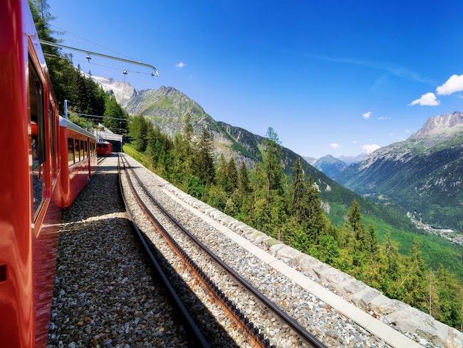 Ving tar åter in tågsemester i sitt utbud och börjar med en resa till Europas högst belägna stad, Davos.