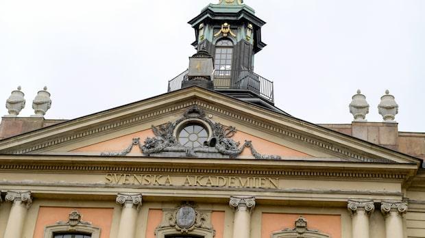 Kungen ska ändra Svenska Akademiens stadgar