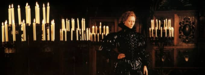 SKÅDA FRAMTIDEN. Tilda Swinton i Sally Potters filmatisering av Virginia Woolfs roman Orlando.