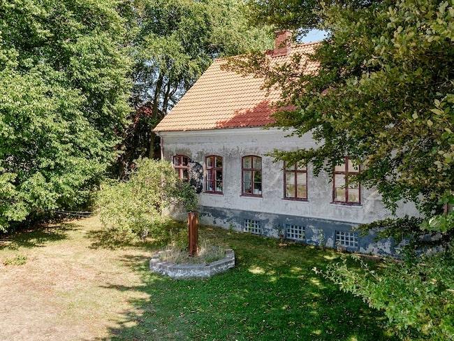 Det är inte svårt att förstå att villan i Vellinge är en av de mest klickade på Hemnet.