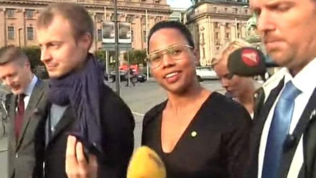 """Alice Bah Kuhnke (MP): """"Jag hymlar inte"""""""