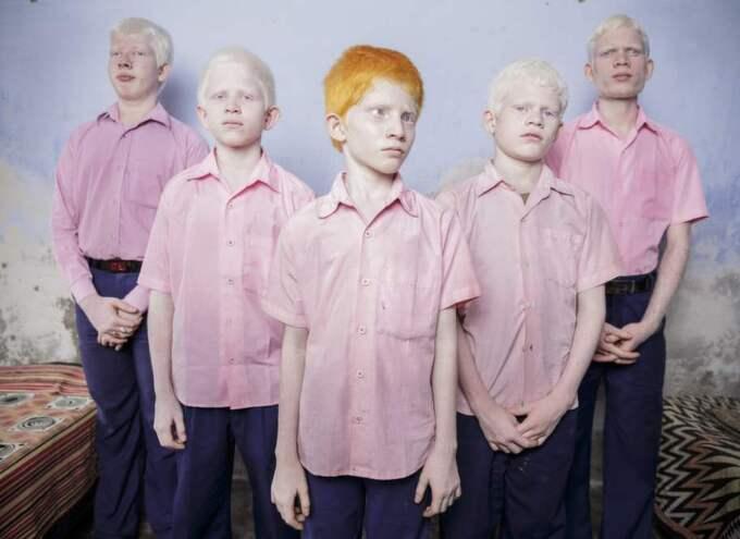Den sydafrikanska fotografen Brent Stirton vann förstapris i kategorin arrangerade porträttbilder. Foto: Brent Stirton