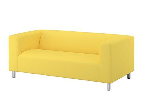 Finns det verkligen någon som aldrig har suttit i eller/och ägt den klassiska Ikea-soffan Klippan?