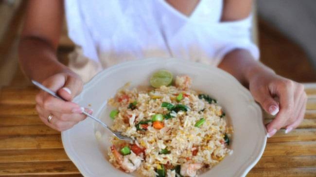 Forskarna har knäckt ris-koden. Utvecklade en metod som kan reducera kalorierna i riset.