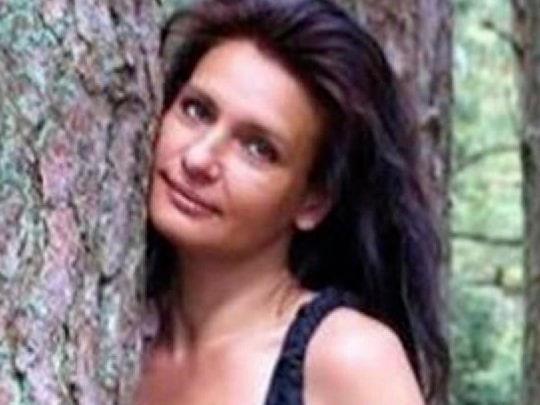 Linda Axelsson döms för mord –kvävde sambon med en kudde
