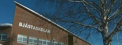 """Här på Bjästaskolan våldtogs """"linnea"""" på en handikapptoalett. Nu har kommunen beslutat att omhänderta den dömda pojken. Foto: Uppdrag Granskning/Svt"""