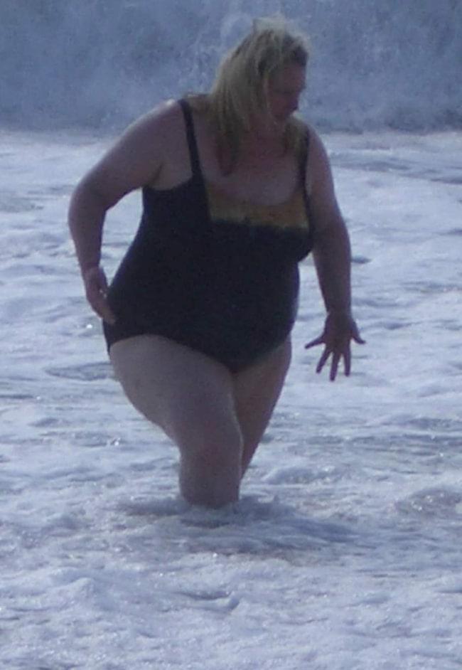 Bilden som fick Lindha att lägga om sin livsstil. Här vägde hon 140 kilo.