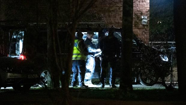 """Två män ihjälskjutna: """"Polisen åker runt och letar vittnen"""""""