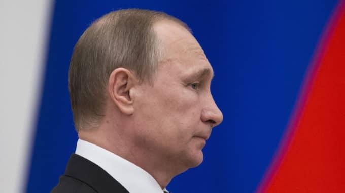 Den svajiga ryska ekonomin får president Putins propagandaoffensiv att krackelera. Foto: Pavel Golovkin/Pool/EPA/TT