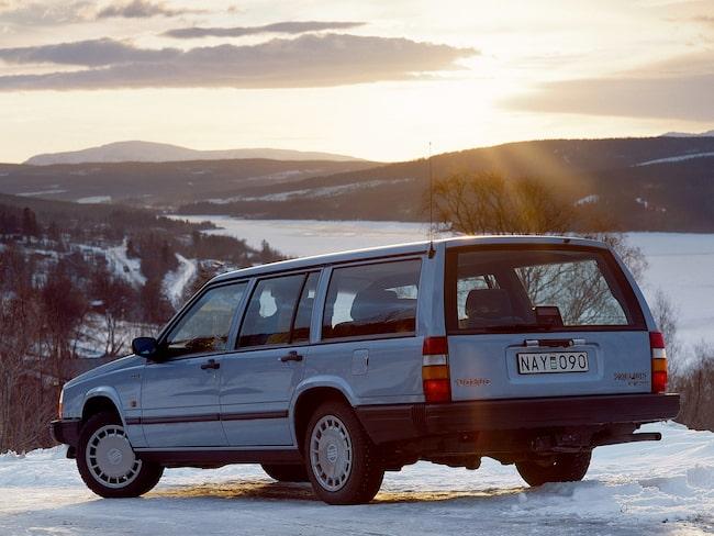 Volvo 740 är inte speciellt förvånande en av de bilar som säljs allra snabbast på Blocket. Här en GLT-modell.