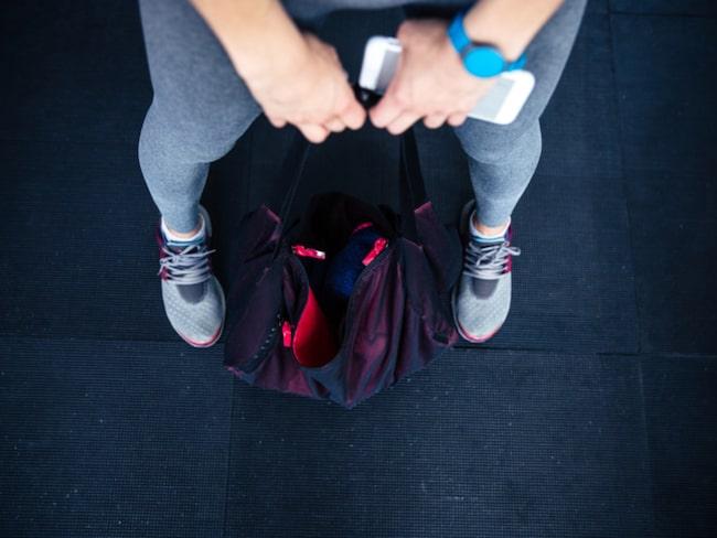 Rädda fuktskadad telefon och få bort dålig lukt i skor och träningsväska är  några fiffiga sätt 3e090a41fc3d7