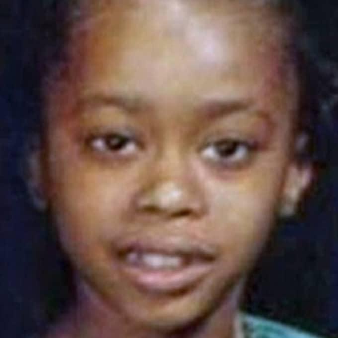 1984 kidnappade, våldtog och mördade han 14-åriga Tryna Middleton som var på väg hem från en fotbollsmatch.