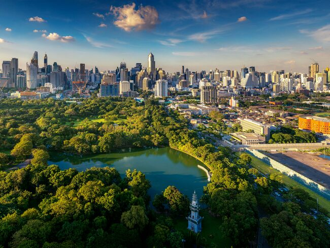 Bangkok är världens mest populära turistmål, med ofattbara 21 miljon årliga besökare från utlandet.