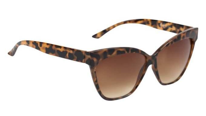 Fläckiga kattformade solglasögon från Cubus, 99 kr.