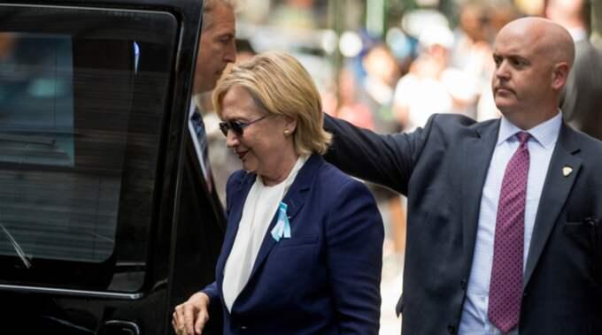 Hillary Clinton ska ha undvikit att åka till akuten efter sin kollaps för att undvika att information om behandlingen läcker ut. Foto: Andrew Harnik / AP TT NYHETSBYRÅN