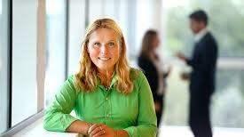 Jolanda Girzl, direktör för Konsument Europa, manar till vaksamhet vid e-handel på nätet. Foto: Konsument Europa