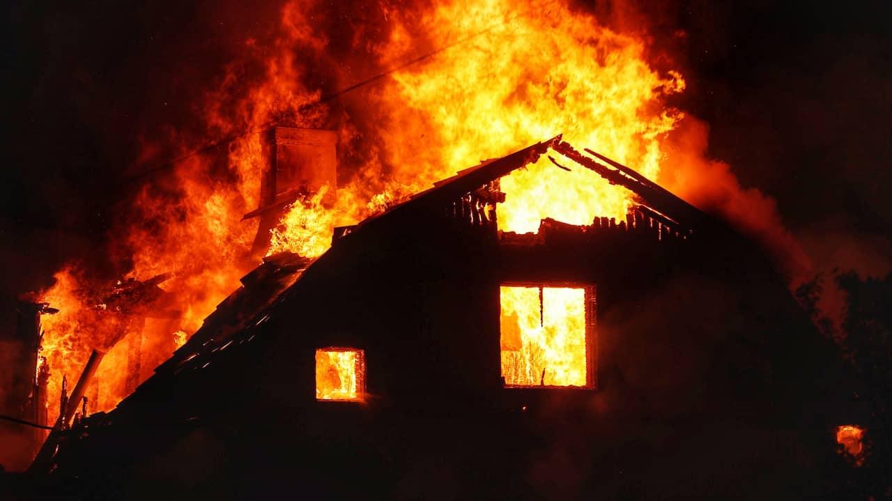 JUST NU: Sju till sjukhus efter villabrand i Tibro