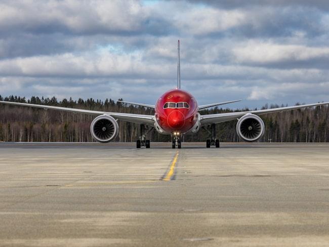 Anledningen är en stor efterfrågan och fullbokade flyg, enligt Thomas Ramdahl.