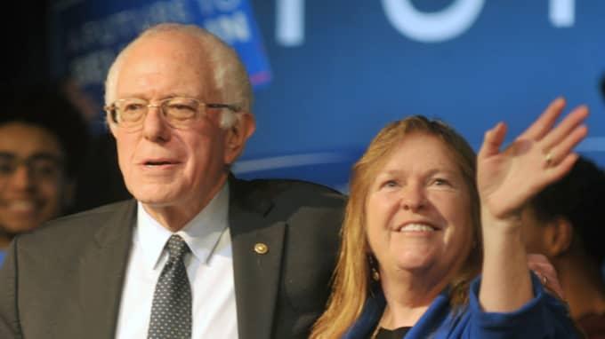 Bernie Sanders tog som väntat hem primärvalet i New Hampshire. Foto: Polaris/Phil Mcauliffe