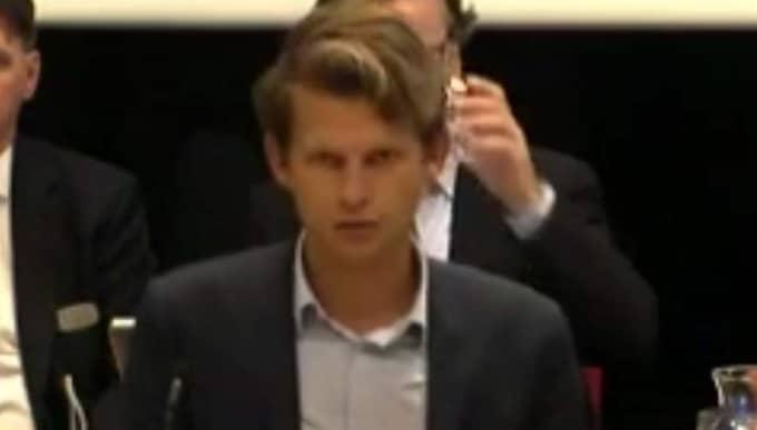 Axel Darvik folkpartist i Göteborgs kommunfullmäktige. Foto: Skärmdump