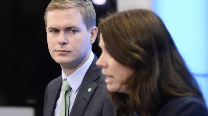 MP-språkrören Gustav Fridolin och Åsa Romson. Foto: Maja Suslin/TT NYHETSBYRÅN