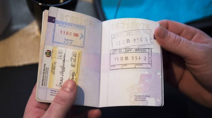 För att Jonas och Deysi skulle kunna fly Bolivia gjorde en medfånge falska stämplar i parets pass. Foto: Robin Aron