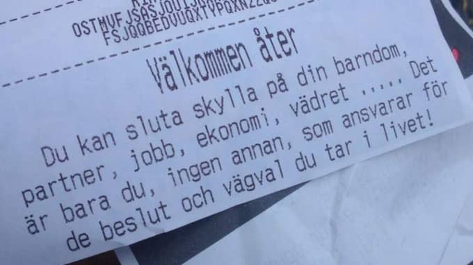 """""""Hur tänkte ni här egentligen?! Detta är väldigt skammande och skuldbeläggande, för att inte tala om helt verklighetsfrånvänt"""". Så reagerade Ylva-Li Larsson efter att ha fått sjukhuskaféets kvitto. Foto: Ylva-Li Larsson"""