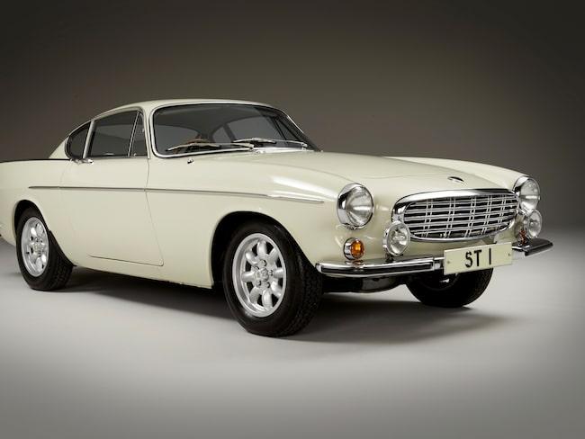 Bilen är av 1967 års modell.