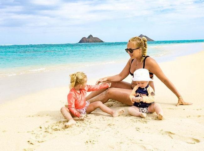 Familjen består av Ellen, Henrik och barnen Vera, 3 och Morris, som är ett år gammal.