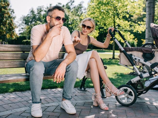 Från och med 1 maj blir det förbjudet att röka i flera amerikanska nöjesparker.