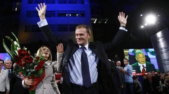 Den liberala Medborgarplattformen (PO), med Donald Tusk i spetsen, får med all sannolikhet bilda regering sedan man tagit 43,7 procent av rösterna. Foto: Rattay Wolfgang
